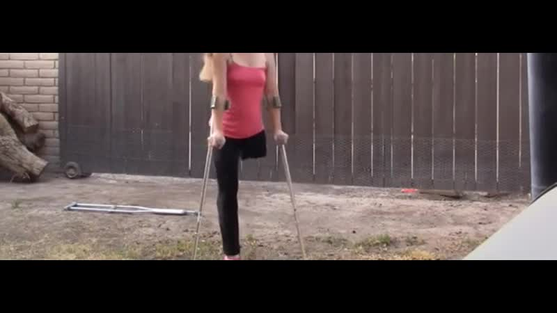 Amputee sexy lak crutching un high heel 360p