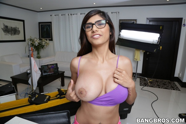 Mia Khalifa 6