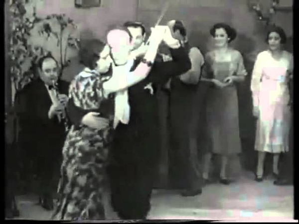 Old Tango Video with Carlos Gardel Anibal Troilo