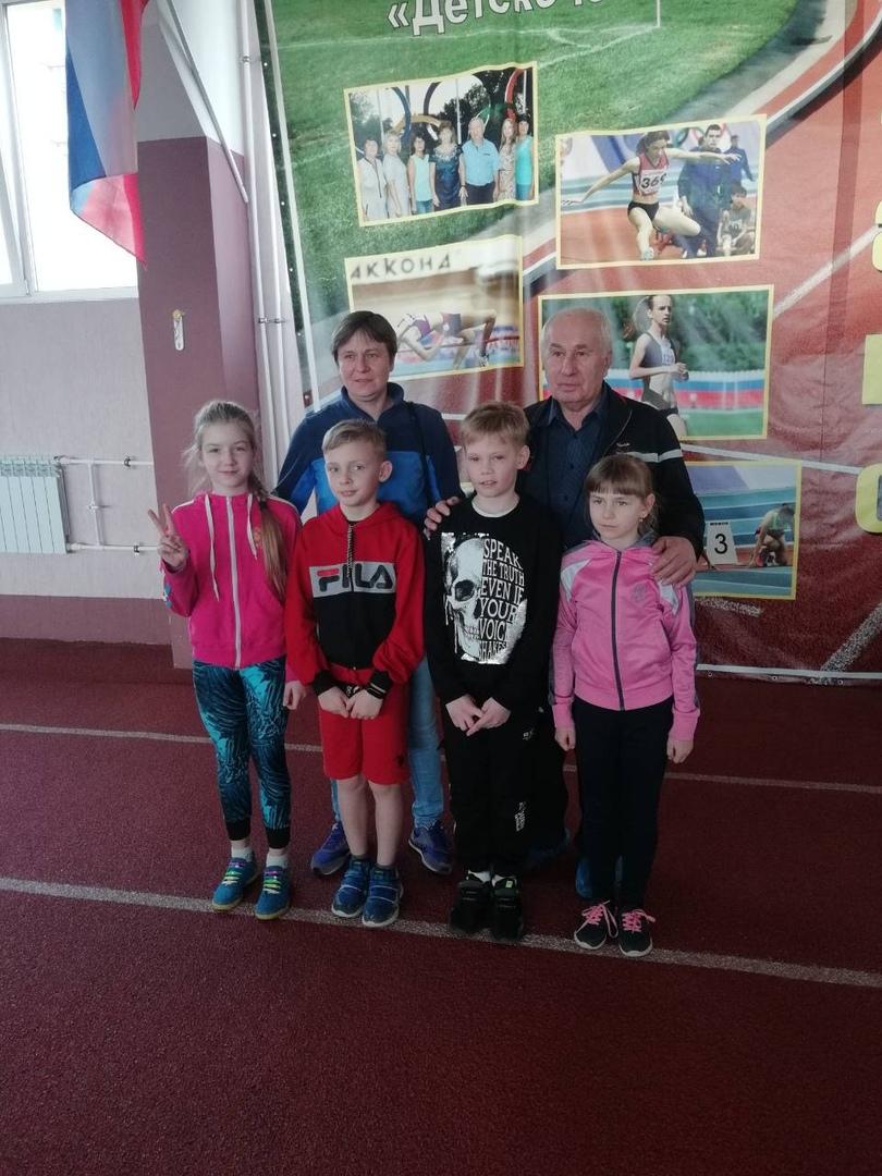Спортсменки из Петровска - призёры регионального первенства по лёгкой атлетике