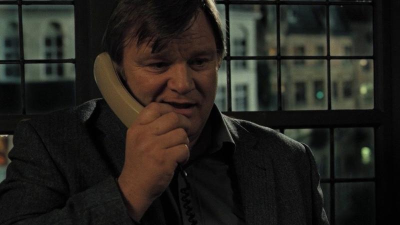 Гарри приказывает Кену убить Рея Залечь на дно в Брюгге 2007
