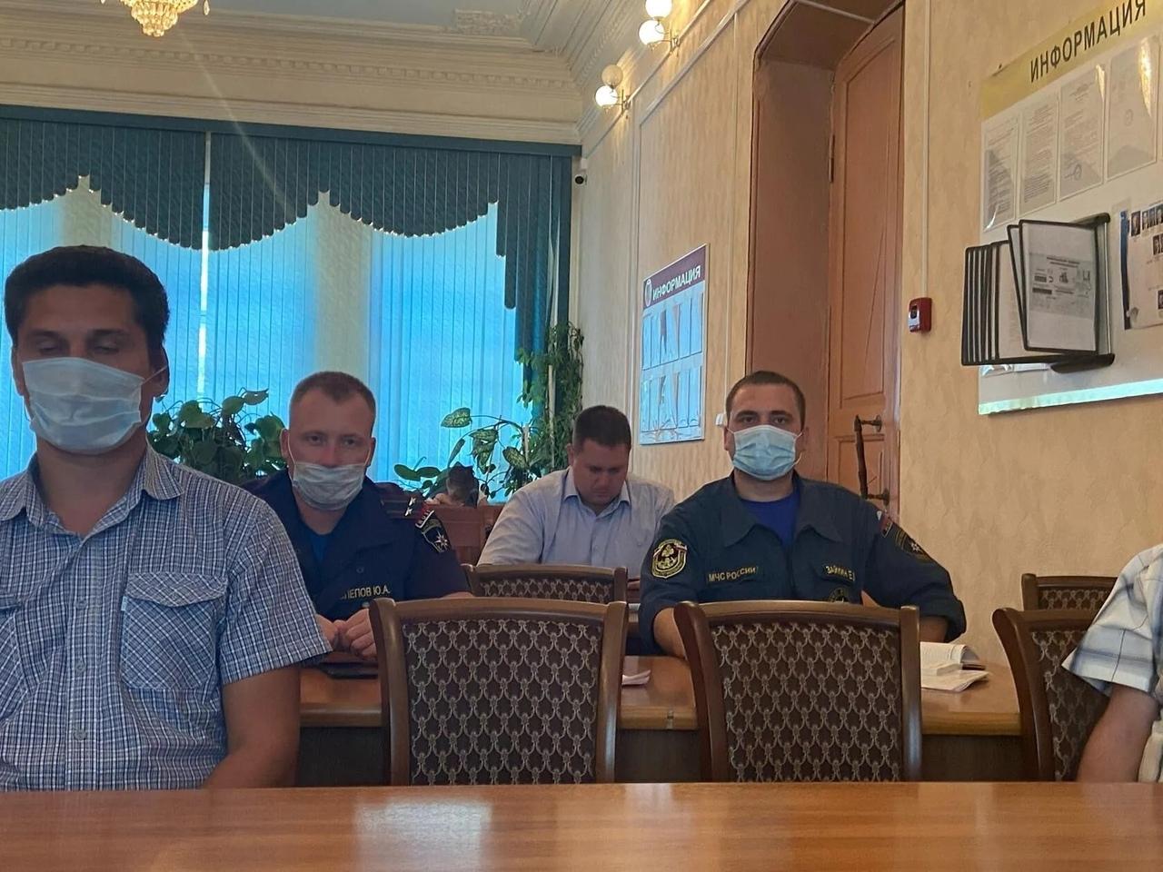В администрации Петровского района состоялось заседание КЧС