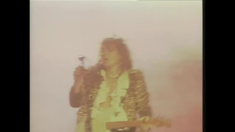 Yngwie Malmsteen - Riot In The Dungeons (Live in Leningrad 1989) (скачатьвидеосютуба.рф).mp4