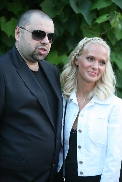 Ольга Серябкина в интервью сказала, что прекрасно общается с Натальей, и последняя, услышав о сплетнях про мужа и Ольгу, не стала с ней разбираться, а лишь посоветовала «забить» Как вы думаете,