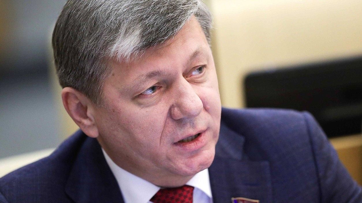 Д.Г. Новиков: Грязь политтехнологов – признак отсутствия конструктивной программы