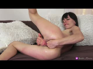 I Fisting my hairy Creamy Pussy and cant control Piss and Orgasm