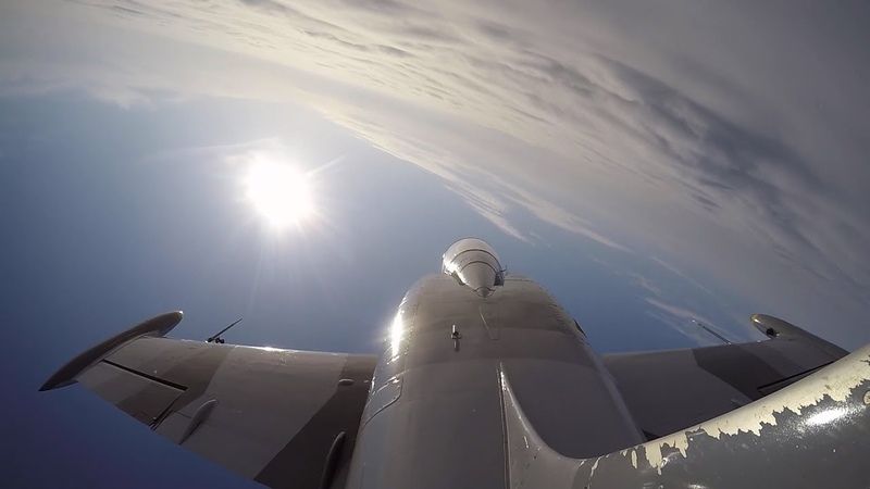Высший пилотаж на Л 39 Aerial acrobatics on L 39 jet