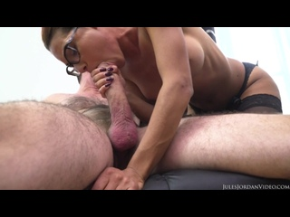 Rose Valerie - Fuck The French