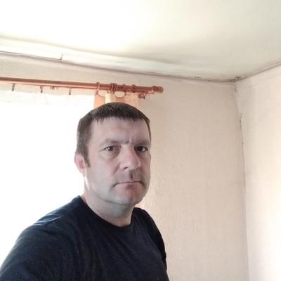 Виктор, 48, Loknya