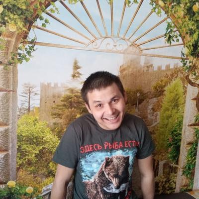 Антон, 28, Petrovsk-Zabaykal'skiy