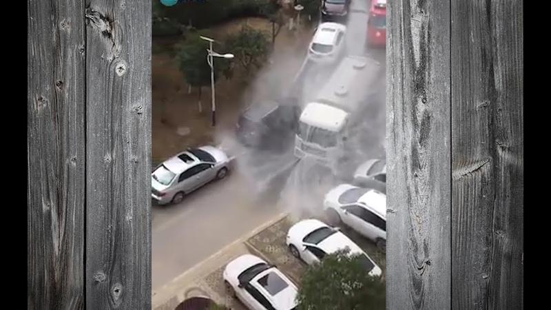 Cina Come si difendono dal CoronaVirus disinfestazione strade non toccano niente tuta Incredibile