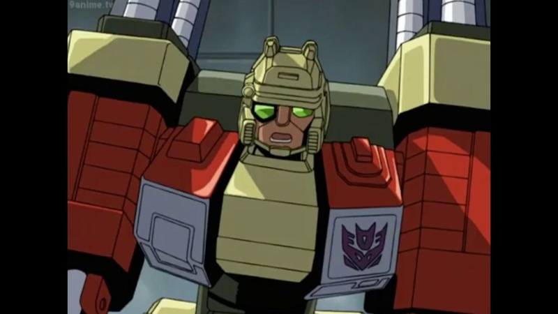 Micron Legend: Ironhide Saves Starscream from Megatron