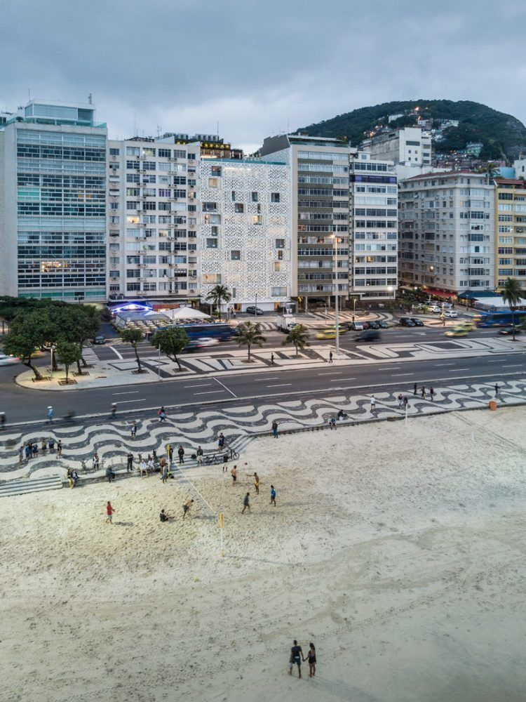 award winning architecture, planning, and interior design firm oppenheim architecture has completed the emiliano hotel in rio de janeiro's famous copacabana beach.