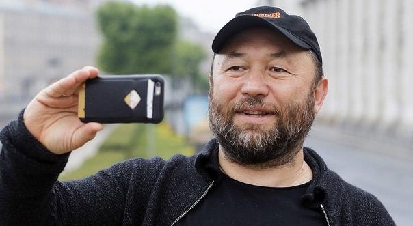 Тимур Бекмамбетов подписал контракт с Universal