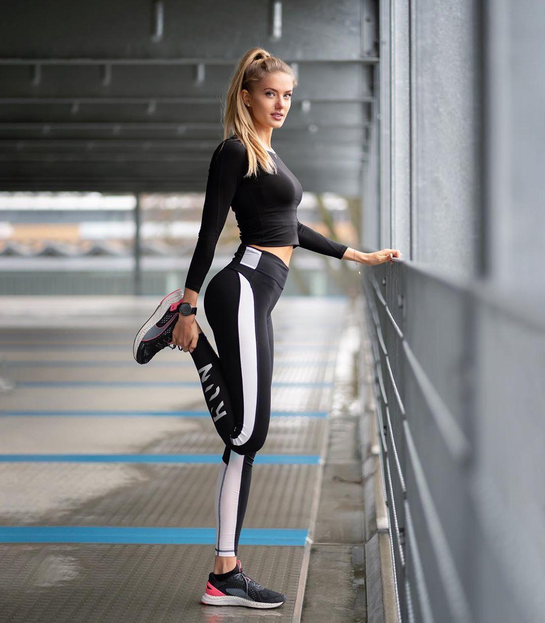 Алиса Шмидт- немецкая бегунья, 21 год.