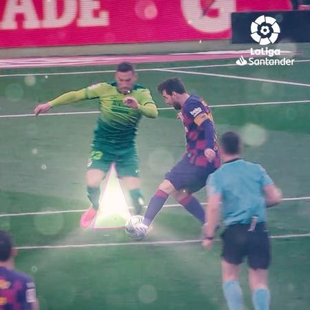 "LaLiga on Instagram When @leomessi takes the ball THINGS HAPPENS 💫⚽️ Cuando Messi coge el balón ¡PASAN COSAS 💫⚽️ Barça LaLiga LaLigaSantander…"""